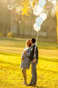 July Pregnancy Announcement Ideas: Red, White and Due! 3