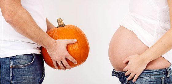 Cute Halloween-Themed Pregnancy Announcement Ideas 1