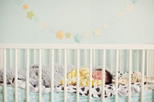 A New ParentsGuide to Buying a Baby Crib 1