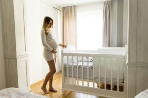 A New ParentsGuide to Buying a Baby Crib 7