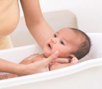 A New Parent's Guide to Buying a Bathing Tub  11