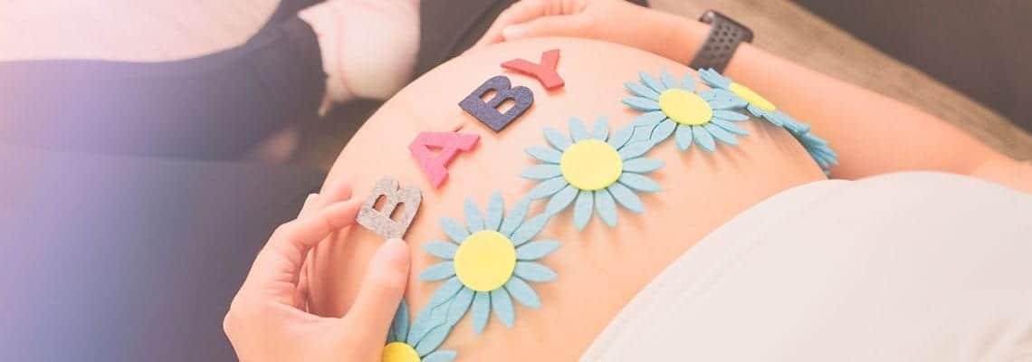 Twelve Adorable Easter/Spring Pregnancy-Announcement Ideas 3