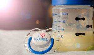 A Complete Guide to Understanding Breastmilk 1