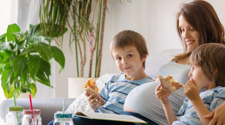 Balancing Parenthood and Pregnancy Health